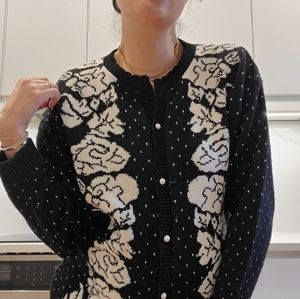 Super chunky knit floral cardigan sweater